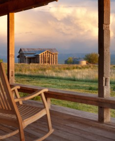 Utilizing reclaimed materials that suit vernacular style was a top focus for the clients, in response Miller Architects repurposed the two 1920s-era granaries that existed on the property for new cabins.
