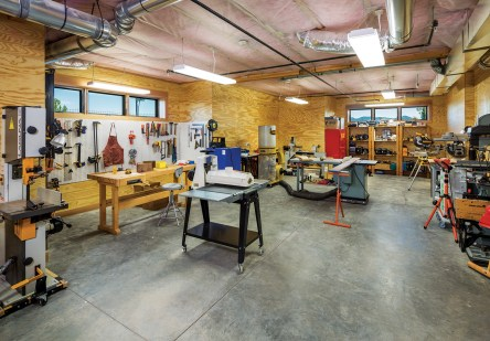 An avid woodworker, Keith Gordon collaborated with the principals to create a 1,167-square-foot wood shop.