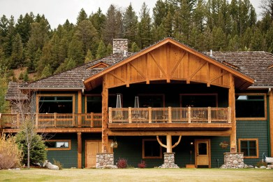 The front lawn of the Rainbow Ranch Lodge is set back from Highway 191.