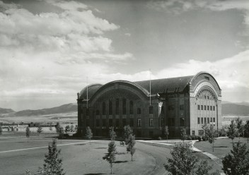 Romney Gym at Montana State College, Bozeman, Montana. Home court to the 1929 National Champion Golden Bobcats and basketball laboratory where the now ubiquitous man-toman defense, full-court press, and fast break were arguably invented. Images courtesy Montana State University's Merrill G. Burlingame Special Collections
