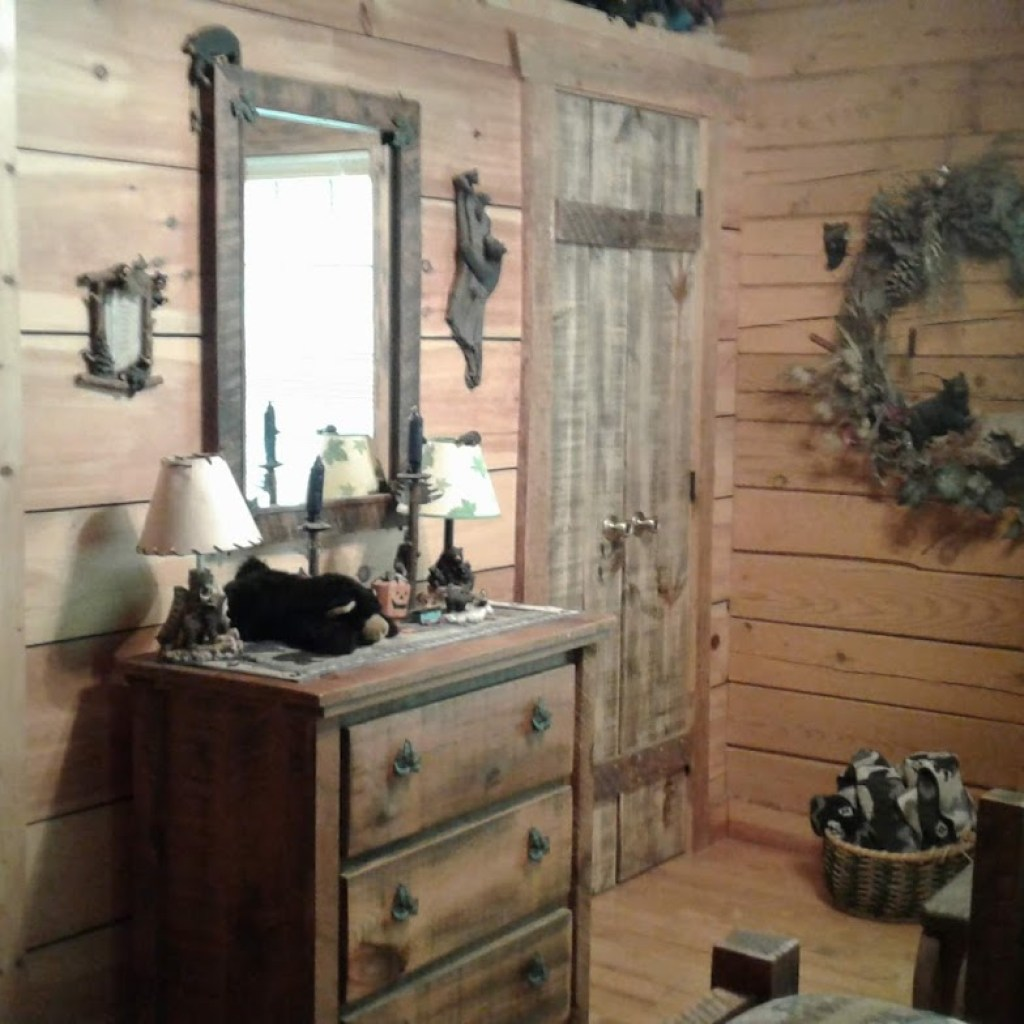 """Bear Room"" closet"