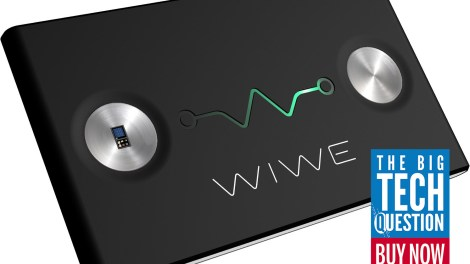 WIWE mobile ECG wins Buy IT award vs Apple Watch Series 4