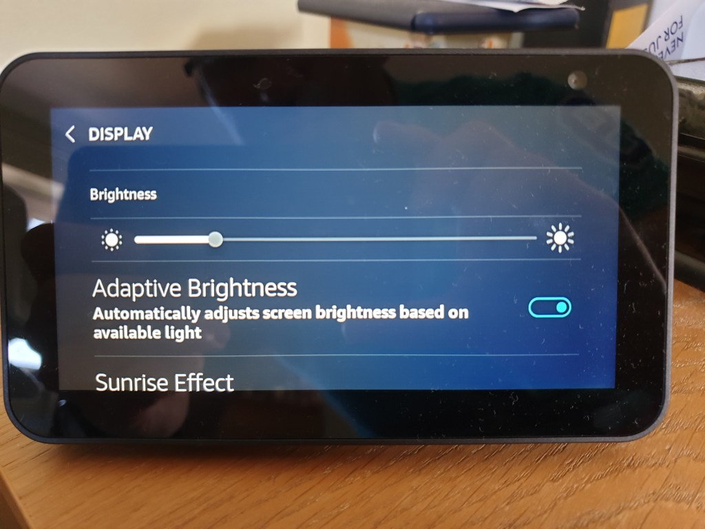 Echo Show 5 screen brightness