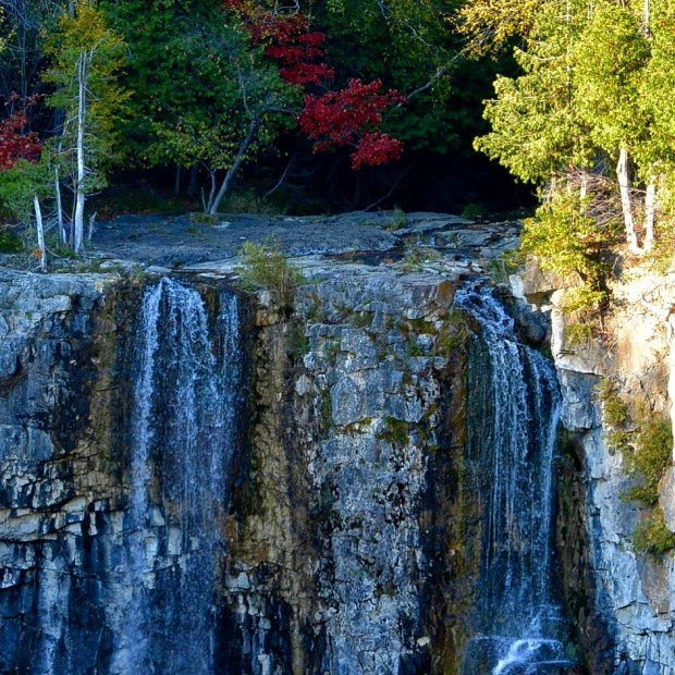 Fall Colours at Eugenia Falls