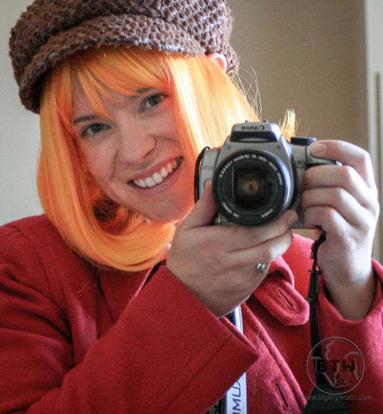 Brianna in cosplay, armed with a camera