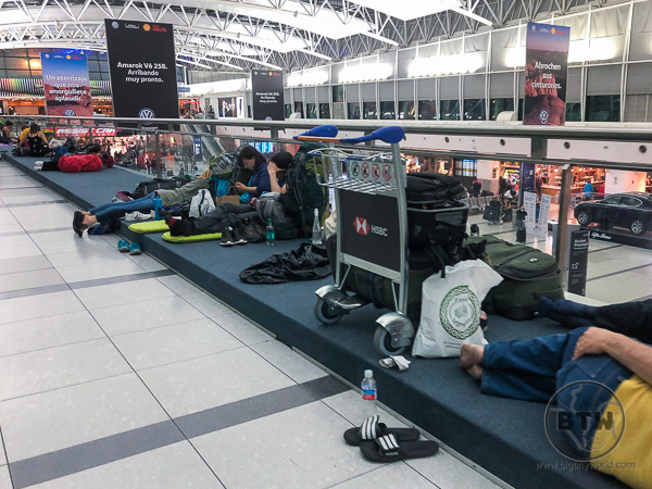 Stranded Passengers Sleeping in Buenos Aires Airport Flying Home Coronavirus