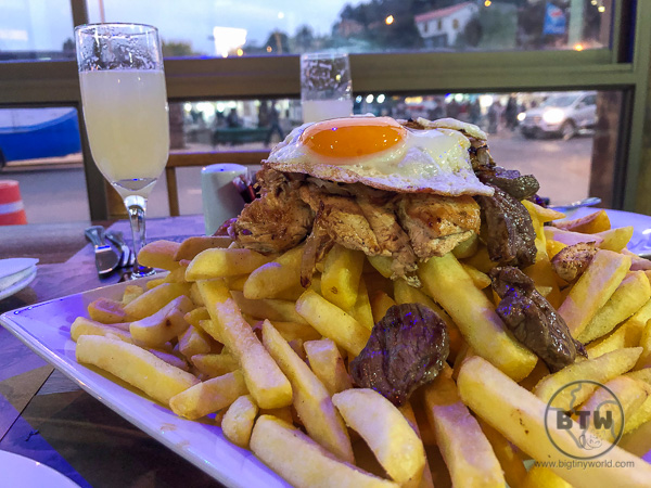 Lomo a lo Pobre - Chilean meat and fries