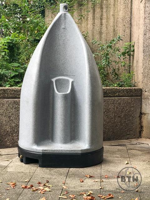 Public plastic urinal