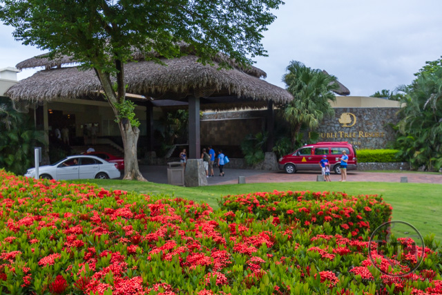 The front entrance of the Doubletree Resort in Puntarenas, Costa Rica | BIG tiny World Travel