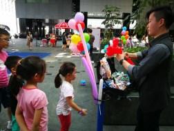 Balloon Sculpting Service