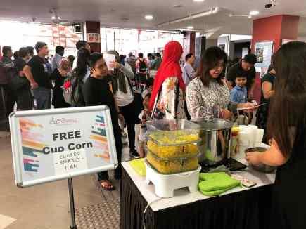 Cup Corns Live Food Station Rental