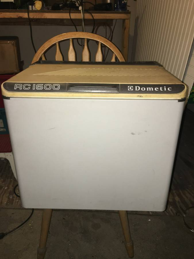 Old classic Dometic 3 way camping cooler