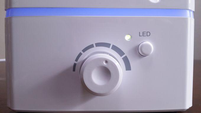 ZNT加湿器(E101)のスイッチ
