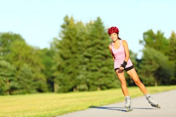 livestrong.com: Rollerblading and Back Pain