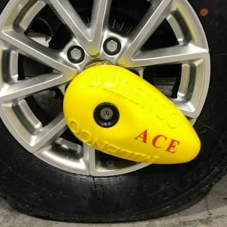 Milenco Wheel Lock Ace 1236