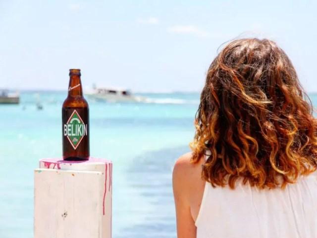 female travel blogger belize