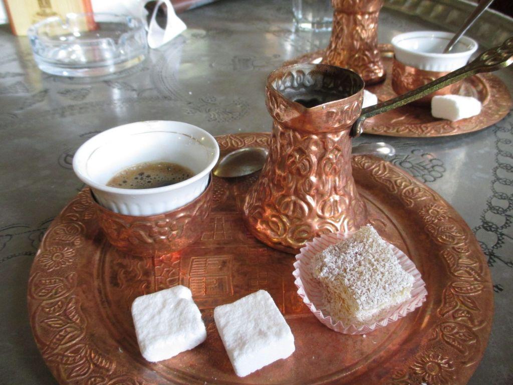 Рахат-лукум к кофе. Фото: Елена Арсениевич, CC BY-SA 3.0