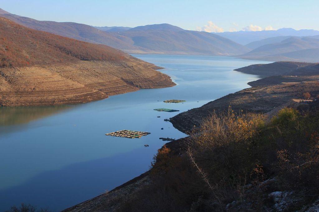 Билечское озеро. Фото: Igor Trklja, CC-BY-SA-3.0