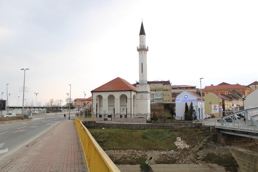 Мечеть Атик и исторический центр Брчко. Фото: Елена Арсениевич, CC BY-SA 3.0