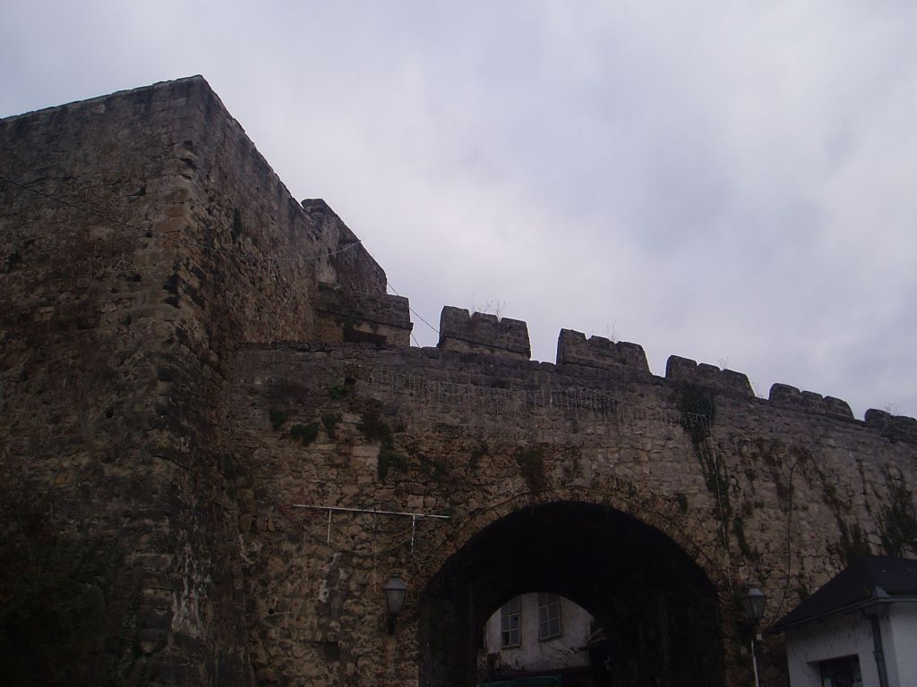 Банялучские ворота и башня Папаз. Фото: Елена Арсениевич, CC BY-SA 3.0