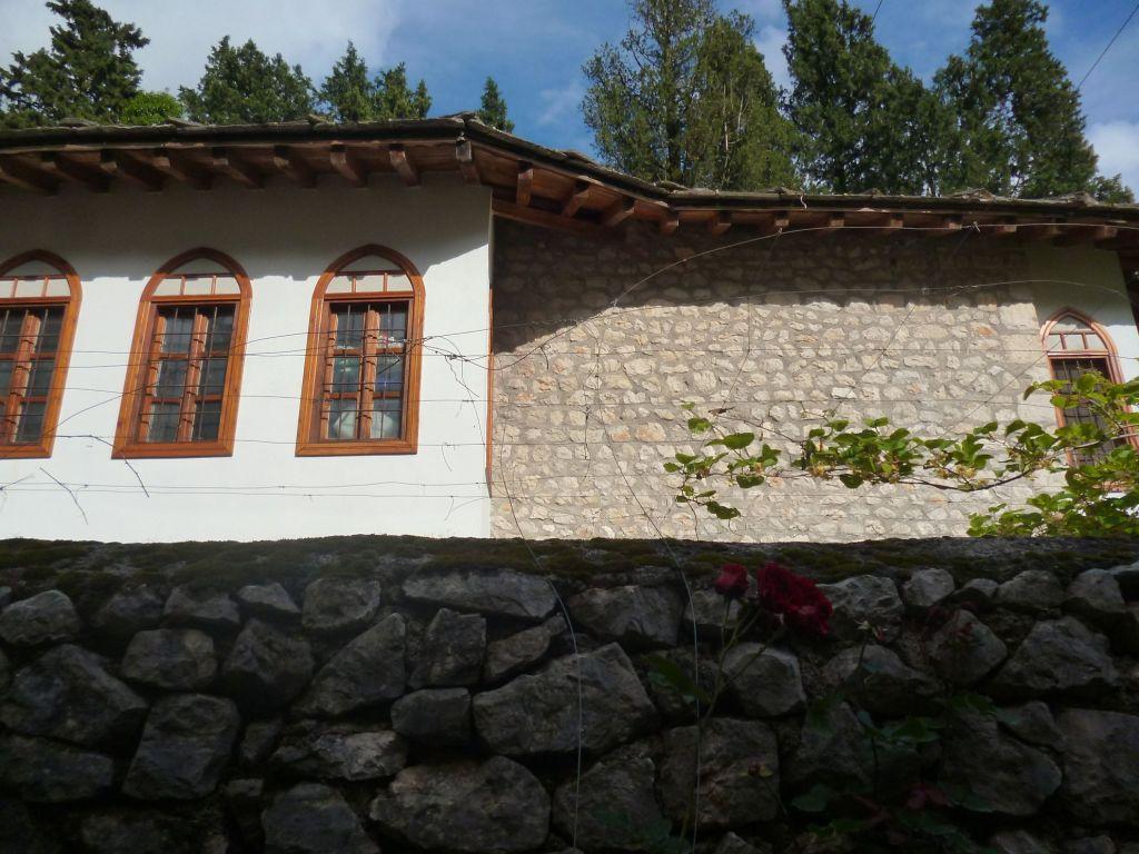 Восстановленный дом. Фото: Елена Арсениевич, CC BY-SA 3.0