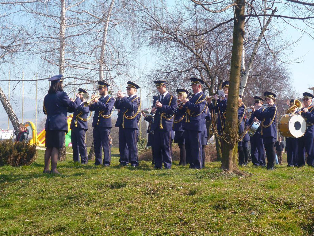 Городской оркестр, непременный участник Чимбуриады. Фото: Елена Арсениевич, CC BY-SA 3.0