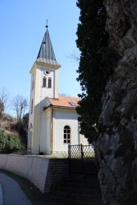 Церковь в скалах. Фото: Елена Арсениевич, CC BY-SA 3.0