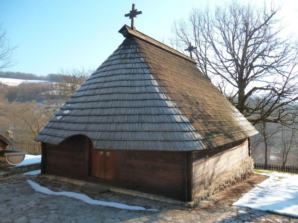 Деревянная церковь св. Николы. Фото: Елена Арсениевич, CC BY-SA 3.0