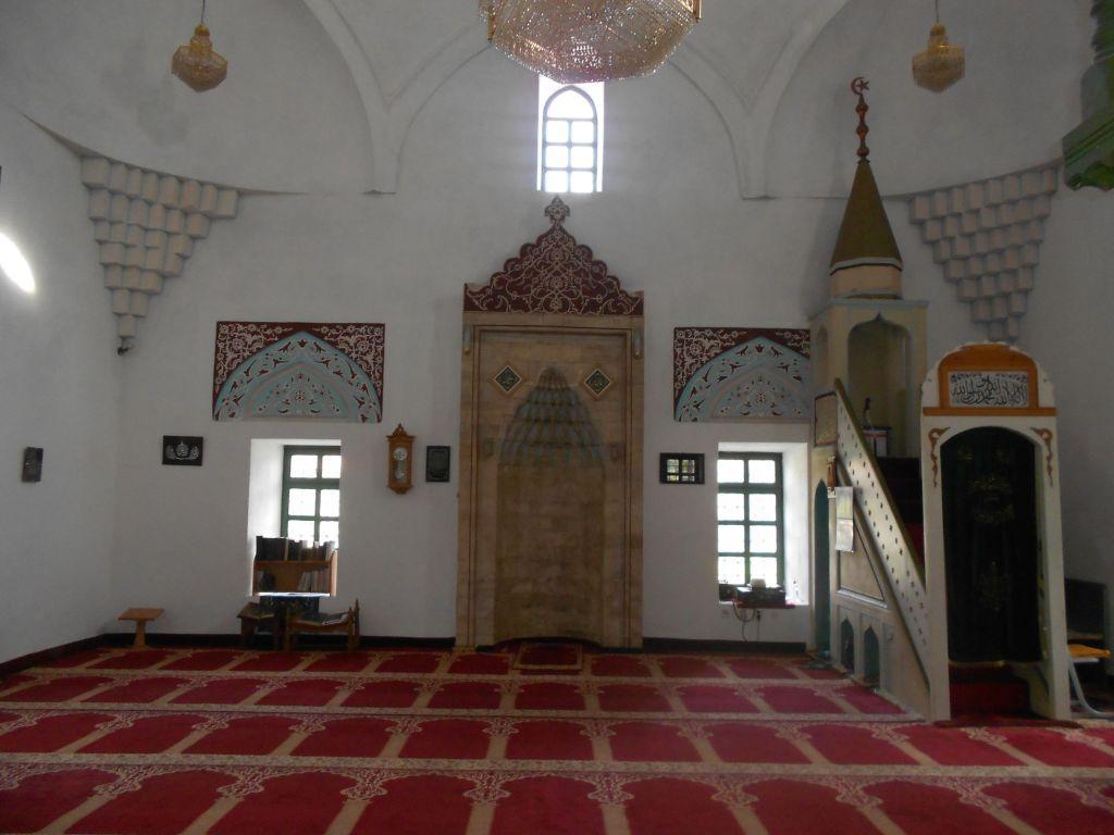 Интерьер Дукатаровой мечети. Фото: Елена Арсениевич, CC BY-SA 3.0