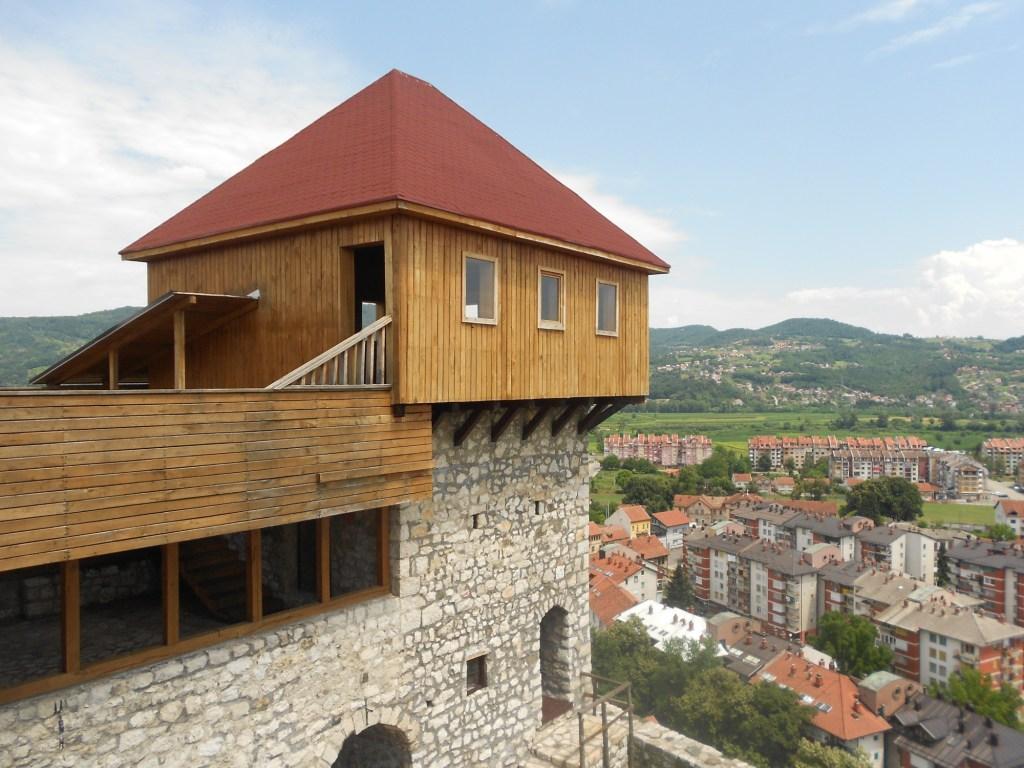 Башня добойской крепости. Фото: Елена Арсениевич, CC BY-SA 3.0