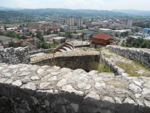 Вид на Добой со стен крепости. Фото: Елена Арсениевич, CC BY-SA 3.0