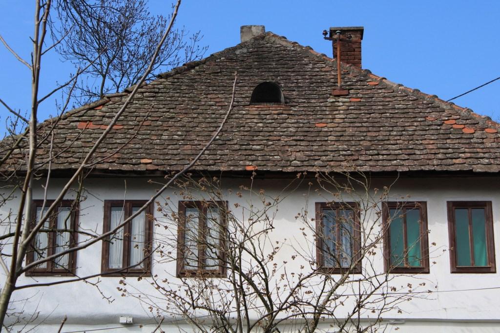 Второй этаж и крыша. Фото: Елена Арсениевич, CC BY-SA 3.0