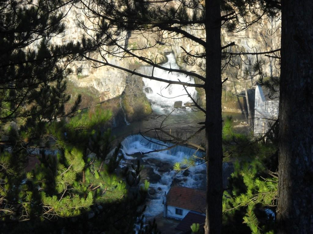 Вид на Думан и Бистрицу из Верхнего города. Фото: Елена Арсениевич, CC BY-SA 3.0