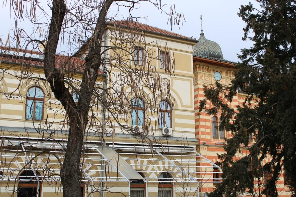 Отель и ратуша. Фото: Елена Арсениевич, CC BY-SA 3.0