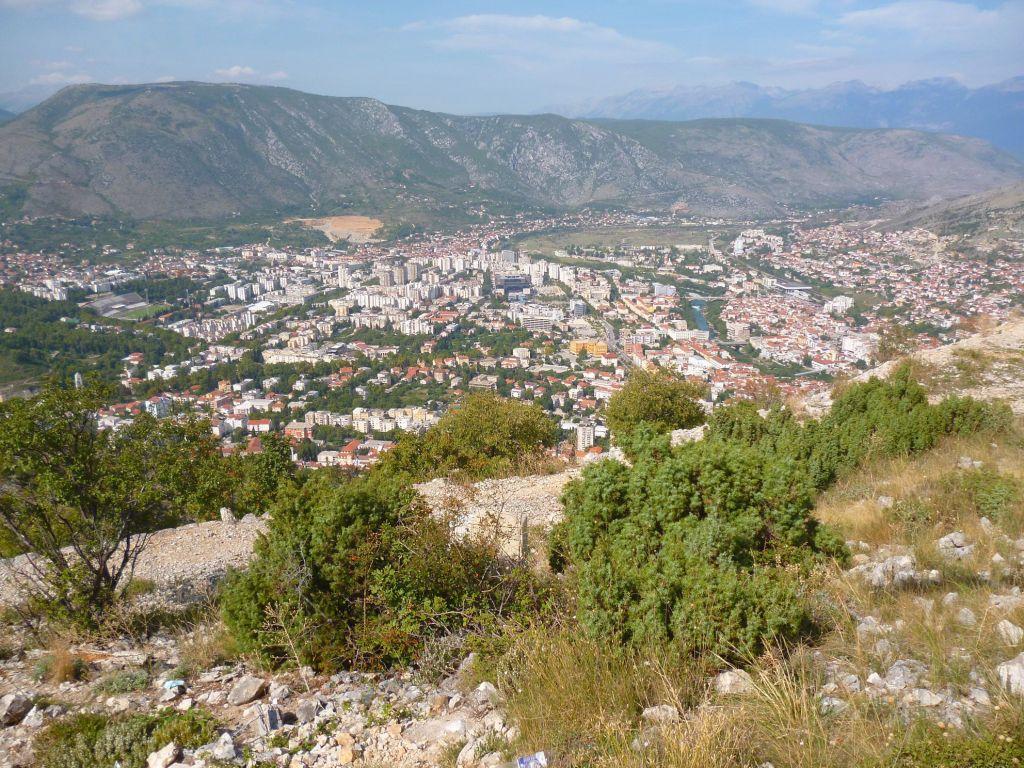 Вид на Мостар с горы Хум. Фото: Елена Арсениевич, CC BY-SA 3.0