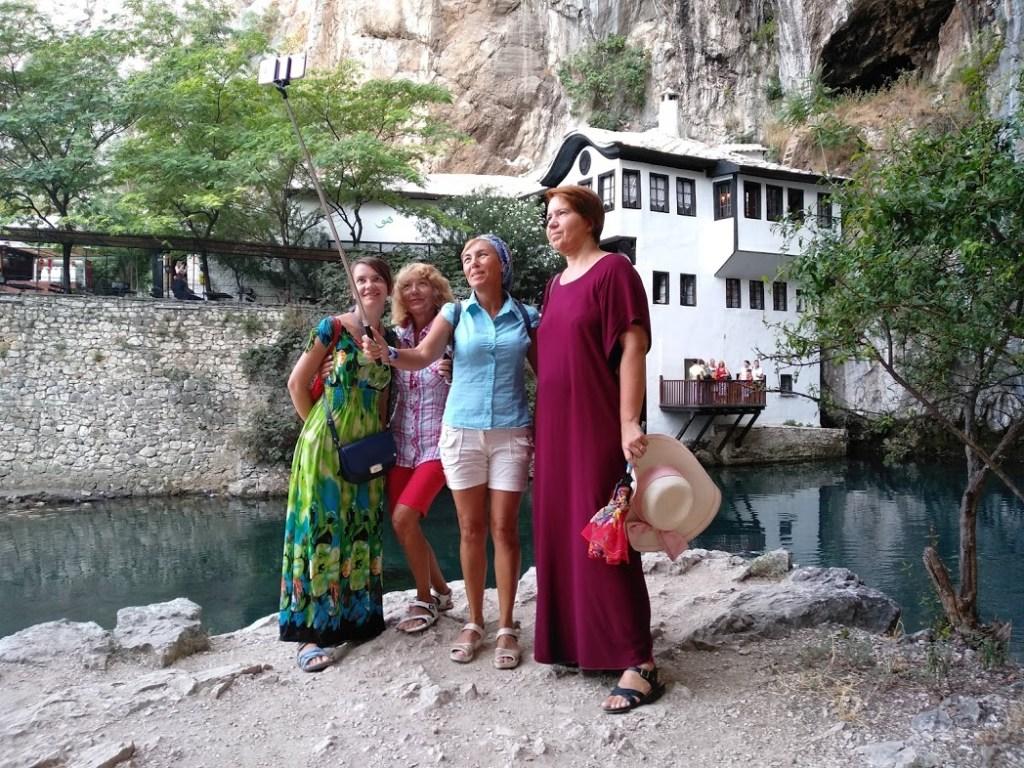 С туристами в Благае