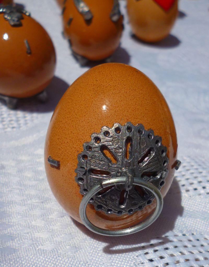 Подкованное яйцо с украшением. Фото: Елена Арсениевич, CC BY-SA 3.0