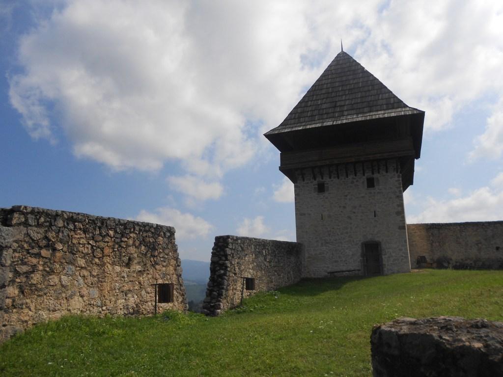 Башня укрепления Табори. Фото: Елена Арсениевич, CC BY-SA 3.0