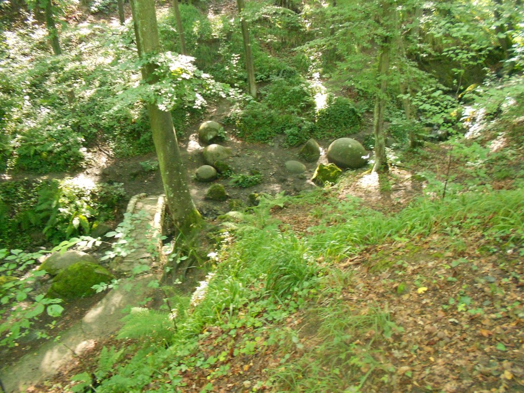 Парк каменных шаров. Фото: Елена Арсениевич, CC BY-SA 3.0