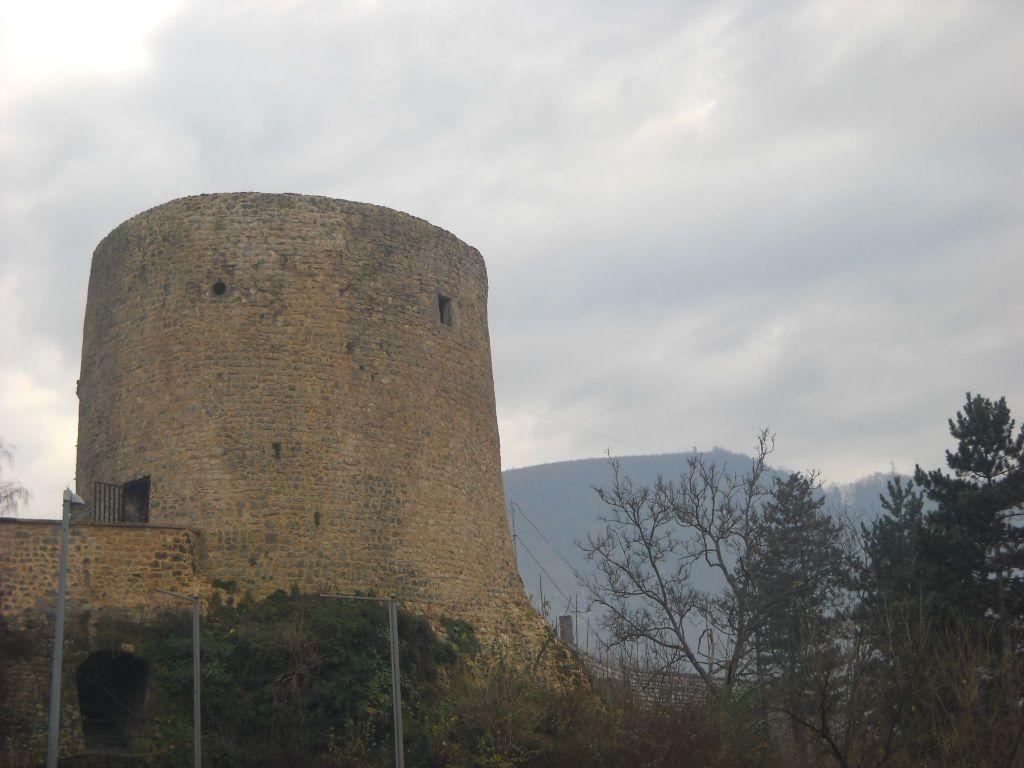 Башня Медведь. Фото: Елена Арсениевич, CC BY-SA 3.0