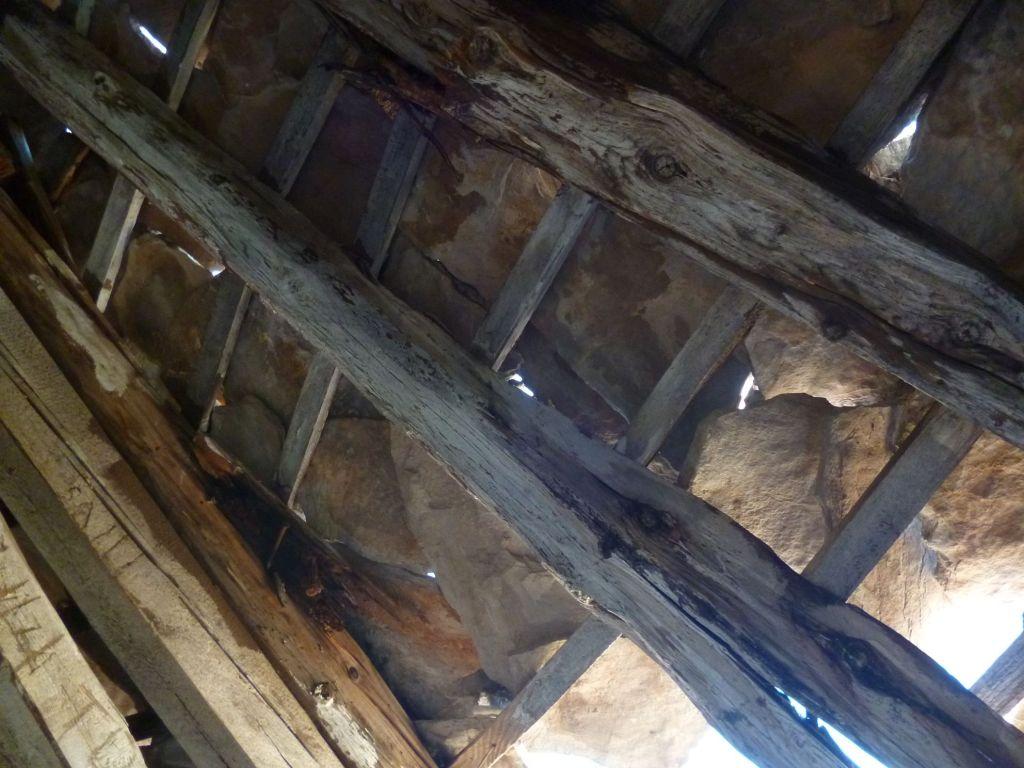 Наверху башни можно увидеть, как устроены герцеговинские каменные крыши. Фото: Елена Арсениевич, CC BY-SA 3.0