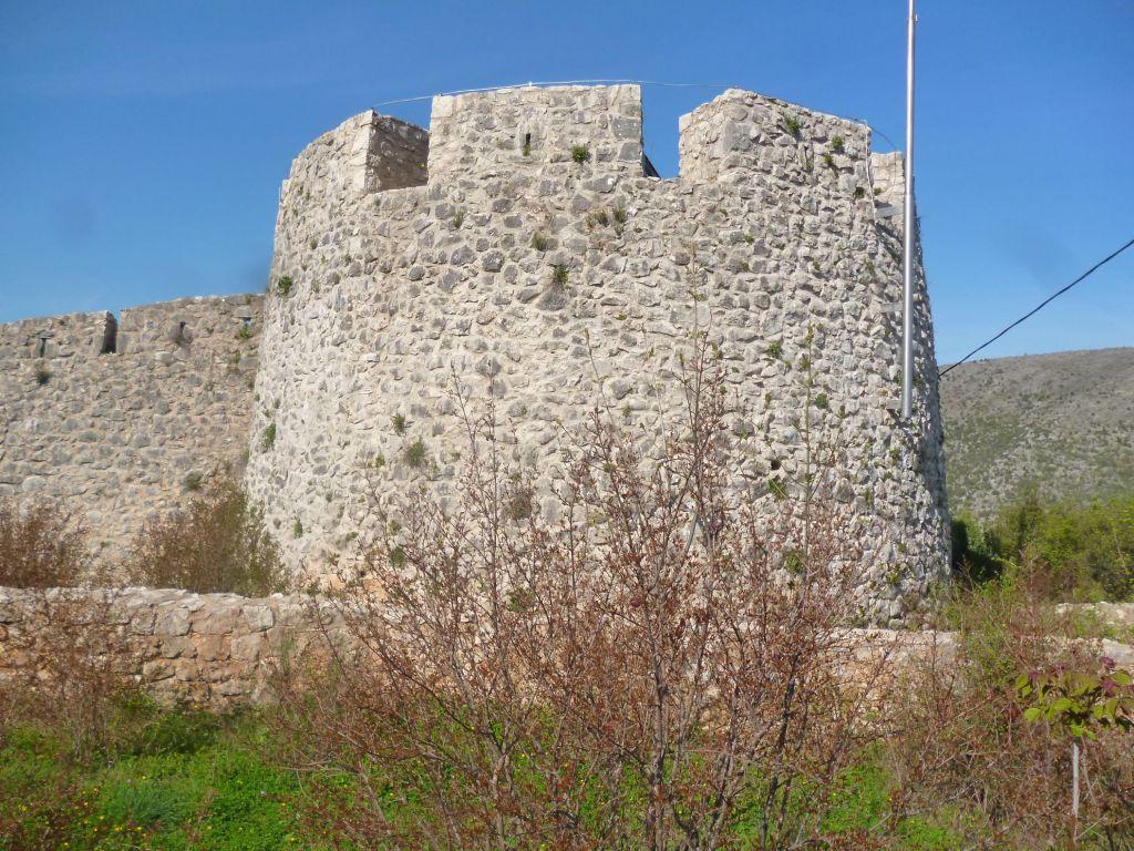 Вид на Кулину снаружи крепости. Фото: Елена Арсениевич, CC BY-SA 3.0