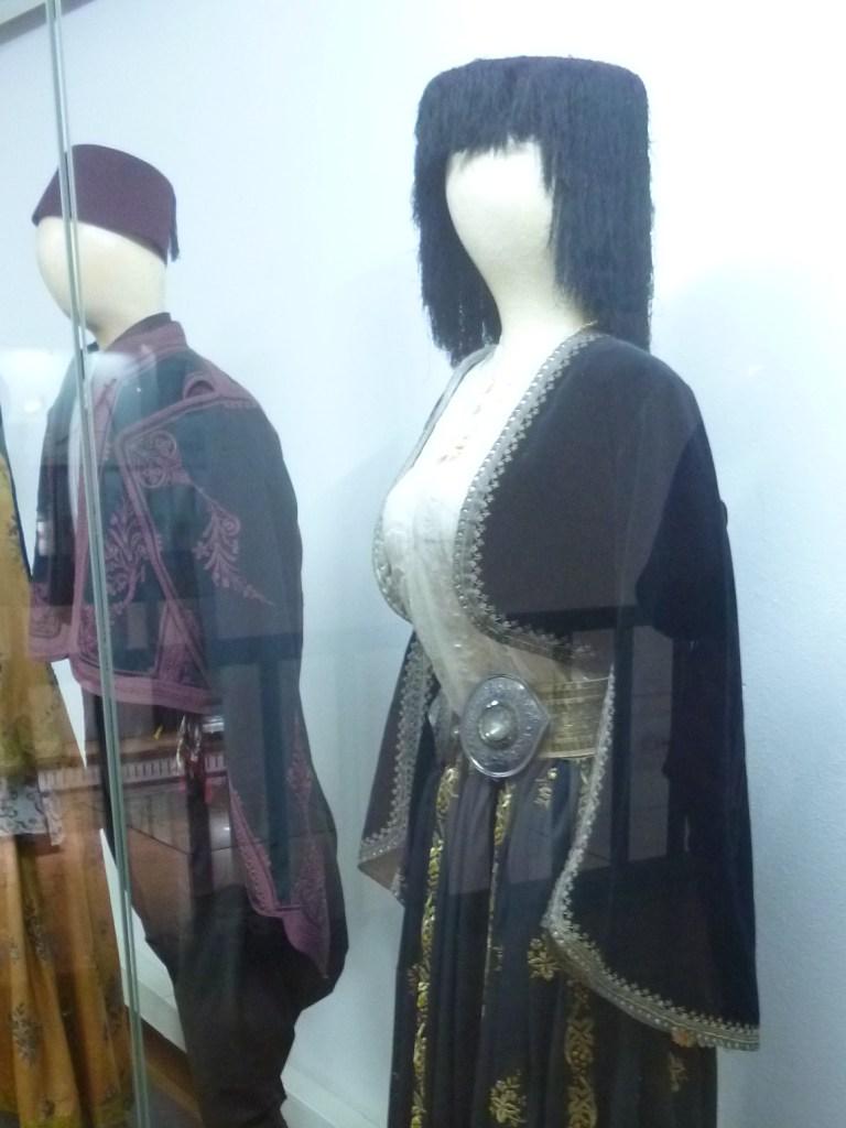 Хорватский костюм. Музей Бруса Безистан. Фото: Елена Арсениевич, CC BY-SA 3.0