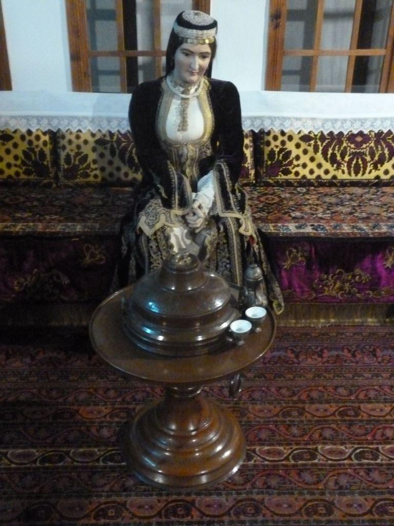Мангала в экспозиции Земальского музея. Фото: Елена Арсениевич, CC BY-SA 3.0