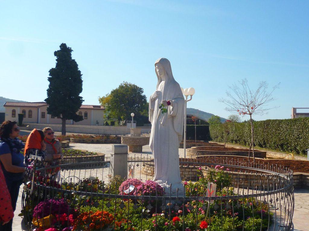Статуя Девы Марии. Фото: Елена Арсениевич, CC BY-SA 3.0