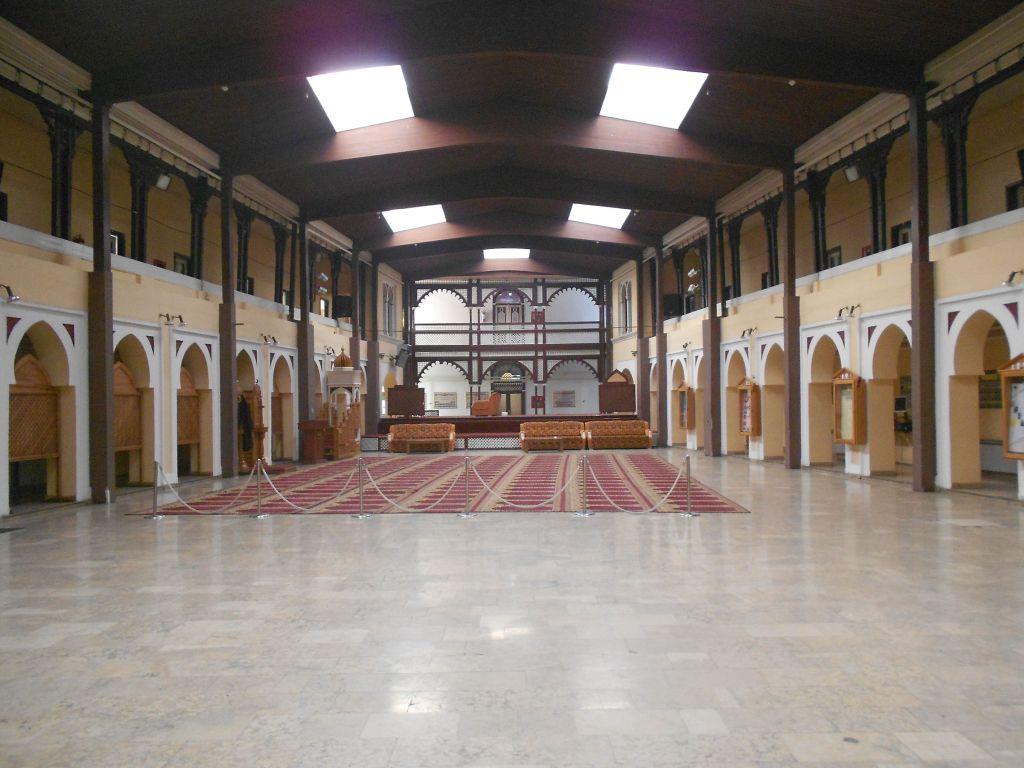 Зал для молитв и собраний. Фото: Елена Арсениевич, CC BY-SA 3.0