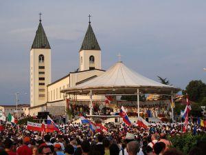 Фестиваль христианской моложёжи в Меджугорье. Фото: Piotr Frydecki, CC-BY-SA-3.0