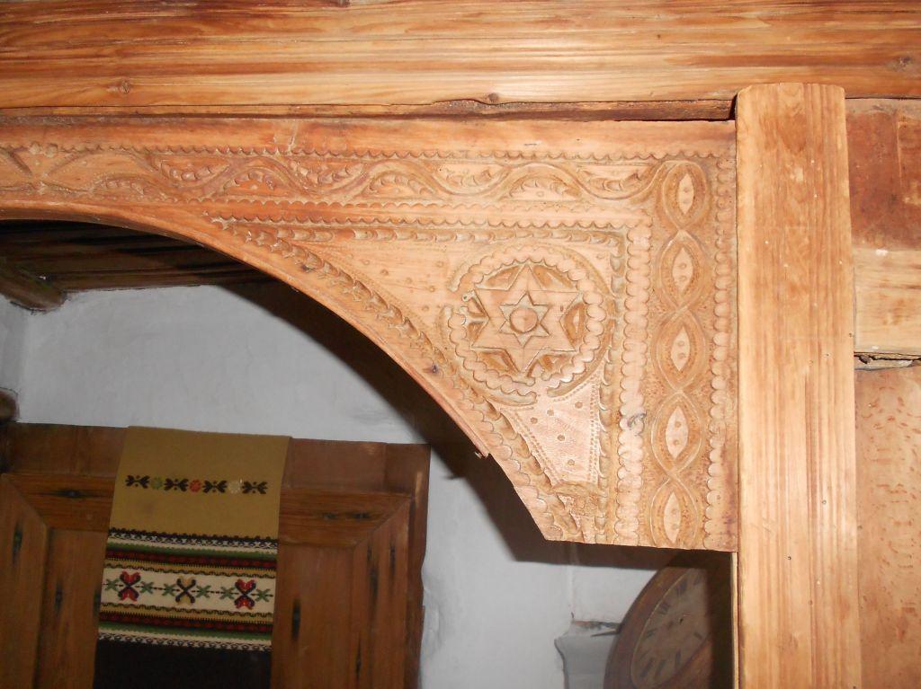 Фрагмент декорированной мусандеры. Дом Кайтаза в Мостаре. Фото: Елена Арсениевич, CC BY-SA 3.0