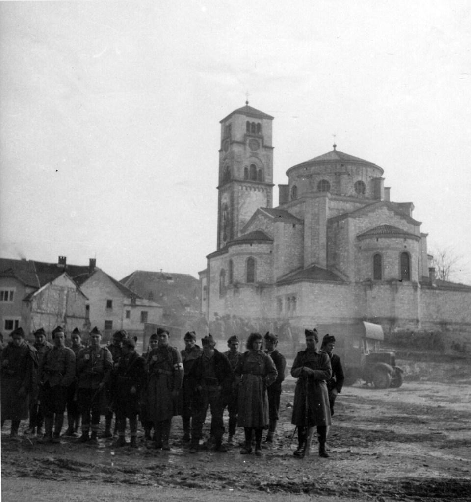 Церковь св. Анте до разрушения. Фото: автор неизвестен, public domain