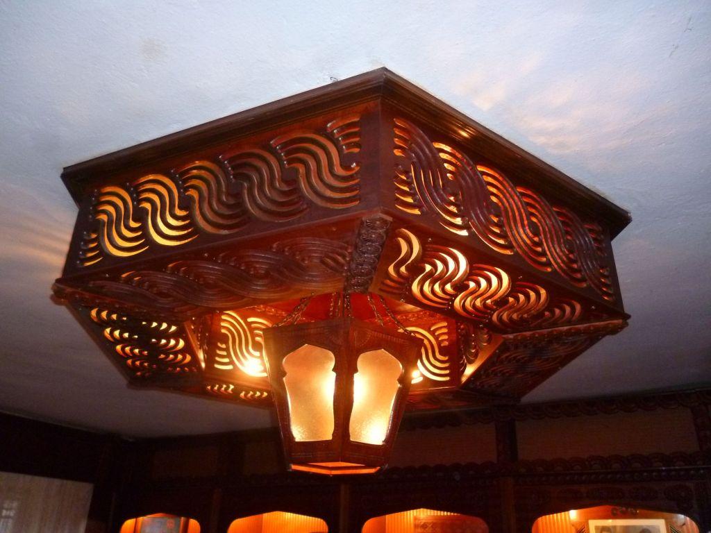 Светильник. Фото: Елена Арсениевич, CC BY-SA 3.0